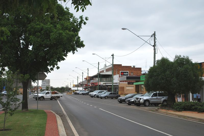 The main street of Miles